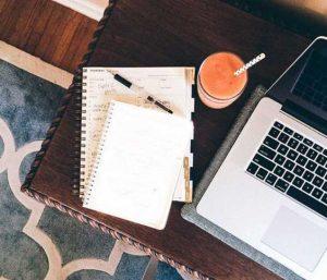 Là Blogger Thì Có Sử Dụng Sổ Tay Hay Không