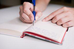 Viết sổ tay thế nào để không bị ảnh hưởng xấu tác động