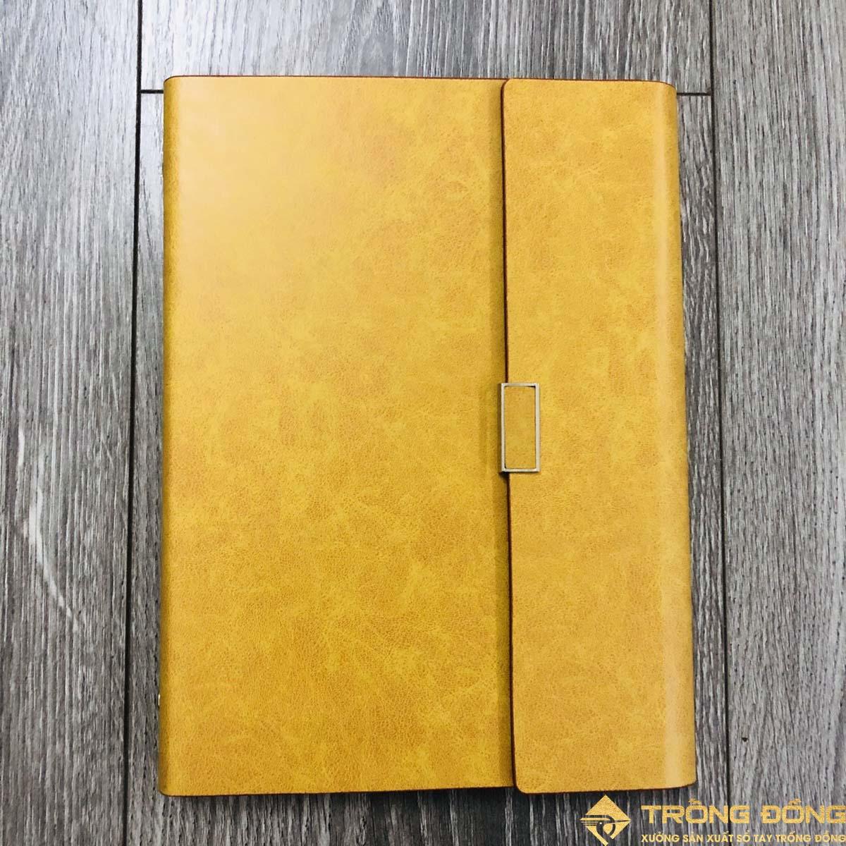 Phần mặt trước của bìa sổ da có sẵn màu vàng bò mẫu LSA5-01B