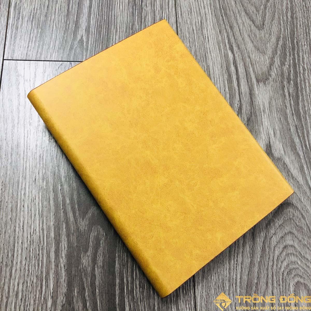 Phần mặt sau của bìa sổ da có sẵn màu vàng bò mẫu LSA5-01B