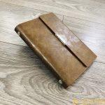 Sổ Tay Bán Chạy – Sổ Lăn Sơn A6 Gập 3 Còng 1,5cm – LSA6 – 01B