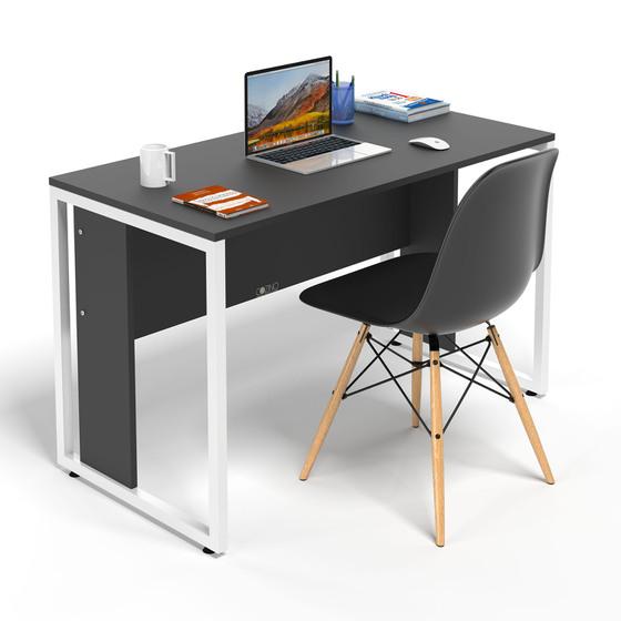 Một chiếc bàn làm việc tại nhà có thể làm bạn tập trung vào công việc hơn.